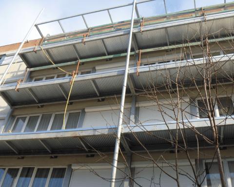 profilés LEWIS® - Réhabilitation de logements (création de balcons) à Athis-Mons